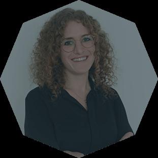 up2parts-Contact-Person-Anja-Sengenberger-Digital-Manufacturing-Expert